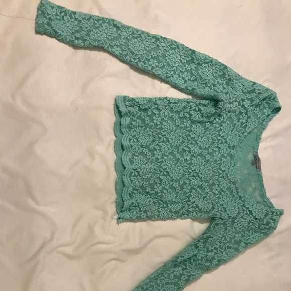 Charlotte Russe Tops - Lace long sleeve crop top